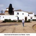 Vista frontal del Monasterio de la Rábida