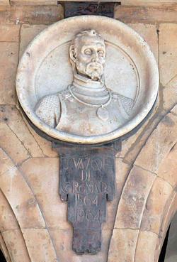 Medallón de Francisco Vázquez de Coronado en la Plaza Mayor de Salamanca (España)
