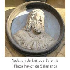 Medallón de Enrique IV en la Plaza Mayor de Salamanca
