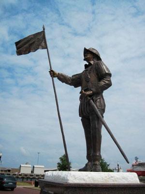 Estatua de Tristán de Luna y Arellano en Luna Park en Pensacola (Florida)